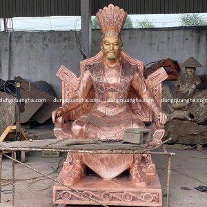 Đúc tượng Vua Hùng bằng đồng đỏ cao cấp tinh xảo