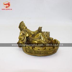 Gạt tàn thuốc bằng đồng hình tượng Tần Thủy Hoàng