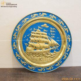 Mâm Thuận Buồm Xuôi Gió đồng vàng nền xanh đường kính 50cm