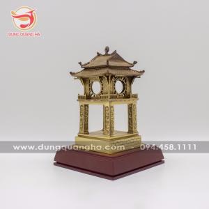 Mô hình Khuê Văn Các tinh xảo bằng đồng vàng mộc