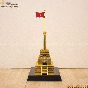 Quà lưu niệm cột cờ Hà Nội bằng đồng mạ vàng 24k tinh xảo