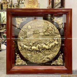 Tranh Mã Đáo Thành Công bằng đồng vàng thúc nổi 80x80 cm