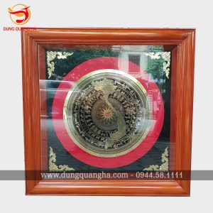 Tranh trống đồng Ngọc Lũ khung kính có bản đồ Việt Nam