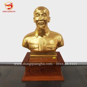 Tượng Bác Hồ bán thân bằng đồng thếp vàng 9999