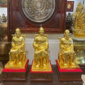 Tượng Bác Hồ ngồi ghế mây bằng đồng thếp vàng 9999 cao 60cm