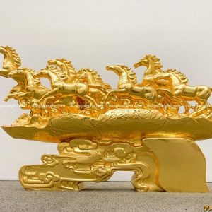 Tượng bát mã truy phong dát vàng chiều dài 50cm x cao 31cm