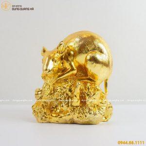 Tượng chuột bằng đồng đứng trên mỏm đá dát vàng 9999
