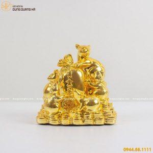 Tượng đàn chuột bằng đồng ôm túi tiền mạ vàng 24k