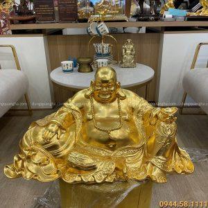 Tượng Di Lặc ngồi ôm bị tiền thếp vàng kích thước 65 x 32cm