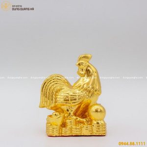 Tượng gà trống phong thủy bằng đồng thếp vàng sống động