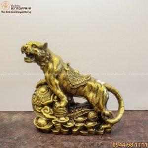 Tượng Hổ phong thủy Như Ý chiều ngang 35cm bằng đồng vàng