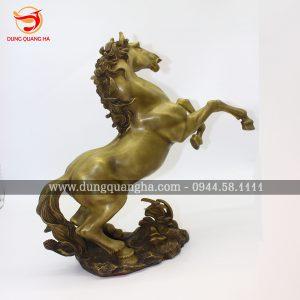 Tượng ngựa đẹp – Biểu tượng con ngựa trong văn hóa dân gian