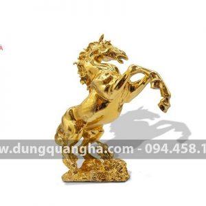 Tượng ngựa mạ vàng 24k - linh vật phong thủy ý nghĩa