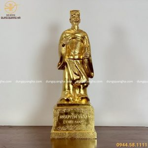 Tượng Nguyễn Trãi bằng đồng dát vàng 9999 cao 50cm