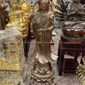 Tượng Phật Bà Quan Âm đứng tôn nghiêm bằng đồng đỏ cao 1m2