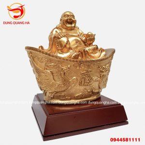 Tượng Phật Di Lặc ngồi trên vàng diện thanh thoát