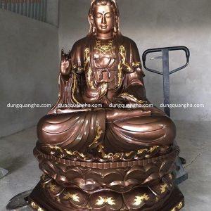 Tượng Phật Quan Âm cao 1m5 bằng đồng đỏ họa tiết thếp vàng nặng 4 tạ