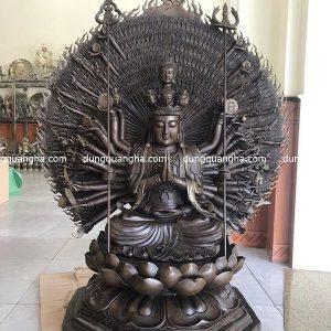 Tượng Phật Thiên Thủ Thiên Nhãn hun giả cổ cao 1m3
