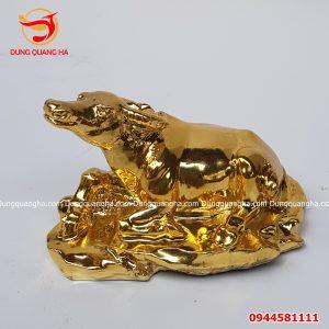 Tượng trâu bằng đồng mạ vàng 24k